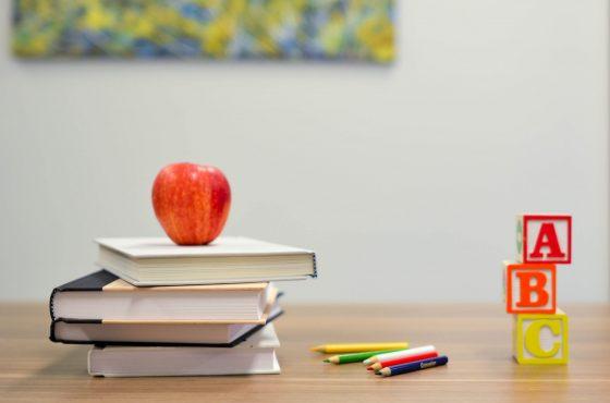 Wyprawka szkolna – jak zadbać o emocje pierwszoklasisty